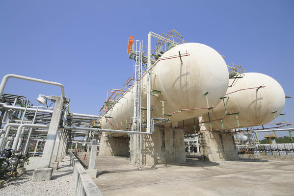 Intereses Estratégicos - Noticias del sector Energético Argentino - Página 19 Show_Natural_Gas_Storage_Facility